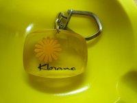 アンティーク 花びらがデザインされたKlorameのフレンチキーホルダー